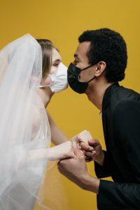 Comment organiser son mariage avec le COVID et les gestes barrière ?