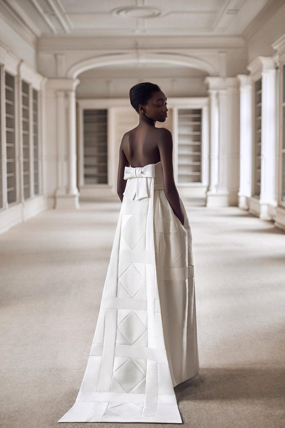tendance robe mariée 2021 wedding planner provence emoi